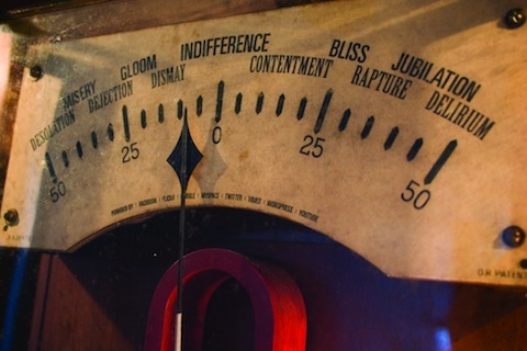 cybraphon-emotionmeter-closeup2.jpg